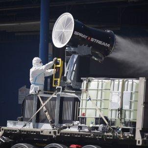 EuropaPress 3338778 militares ume desinfectan mercamadrid