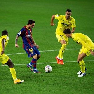 Messi rodejat Villarreal Barca EFE