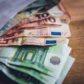 euros   unsplash