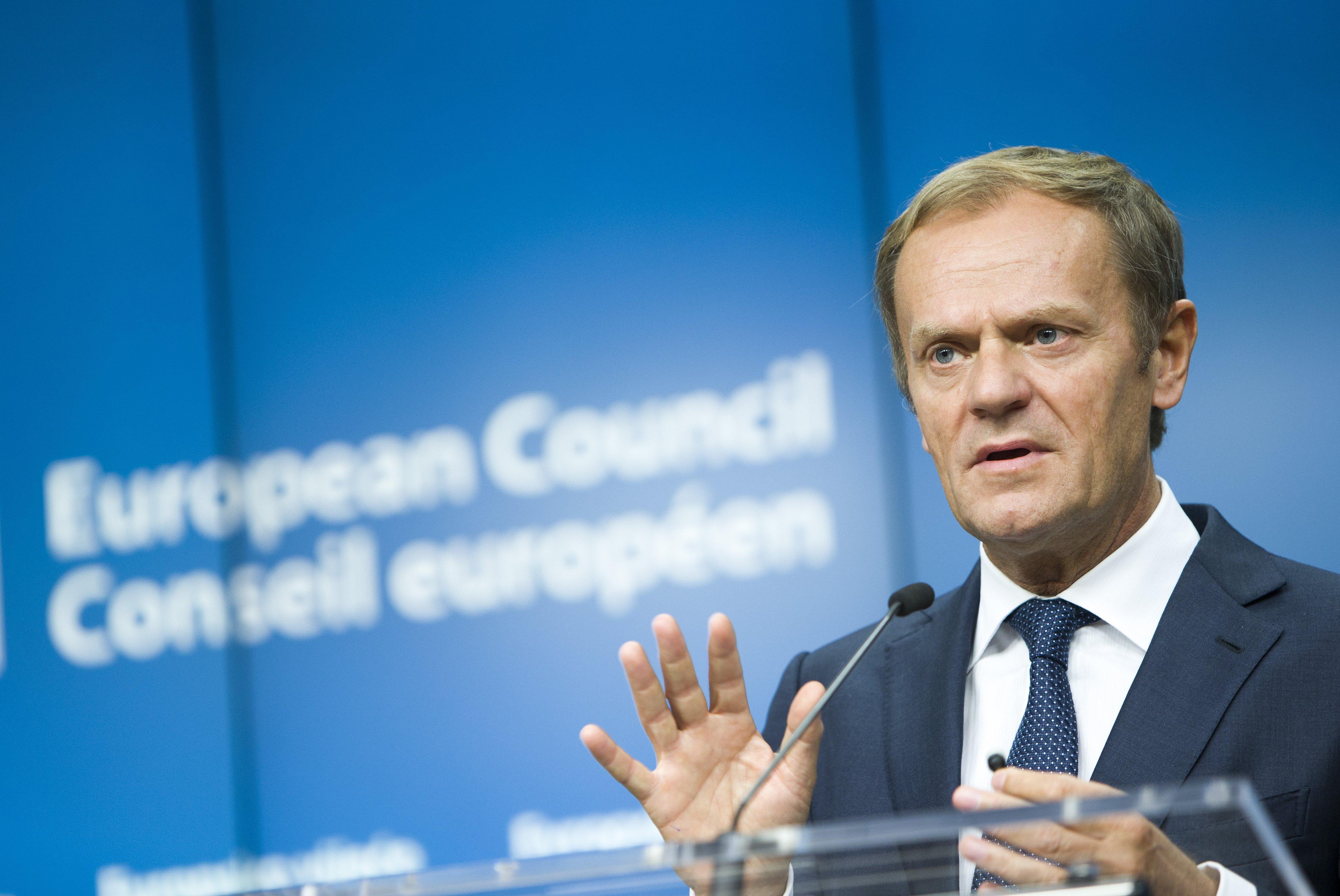 Tusk reelegido presidente del consejo europeo a pesar de for Presidente del consejo europeo