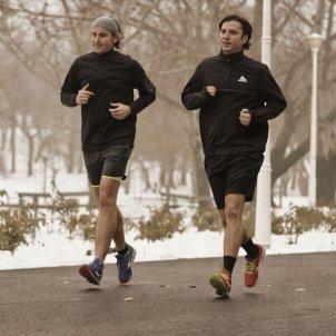 Hombres corriendo Pixabay