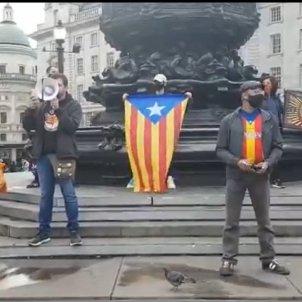 Manifestació CDR londres   Twitter