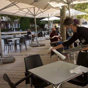 Un bar en plena pandèmia de coronavirus a Catalunya. Foto: Efe