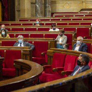 Ple Covid Coronavirus  Parlament Hemicicle diputats mascareta - Sergi Alcazar