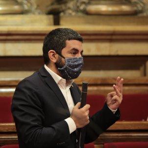 Chakir el Homrani al Parlament. Foto: Sergi Alcázar