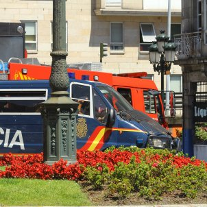 Policia Espanyola Furgoneta Vigo (Contando Estrelas)