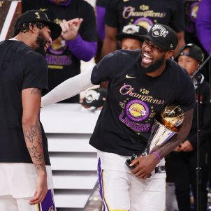 lebron james lakers efe