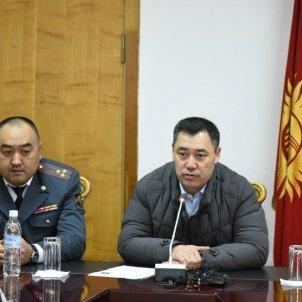 EuropaPress - nuevo primer ministro kirguistan sadir japarov derecha