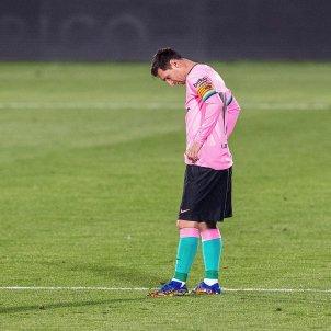 Leo Messi trist mira terra Barca Getafe EFE