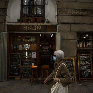 Un bar tancat enmig de la segona onada del coronavirus a Catalunya. Foto: Sergi Alcazar