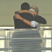 abraçada Josep Lluís Trapero i Olga Tubau TV3
