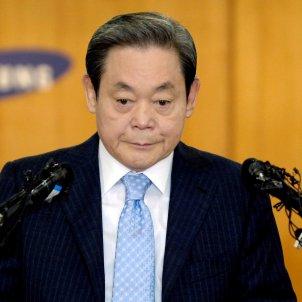 President Samsung EFE