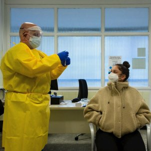 prova PCR CAP Manso Covid - Efe