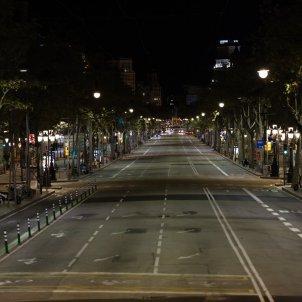 Toc de queda coronavirus carrers buits nit - Sergi Alcàzar
