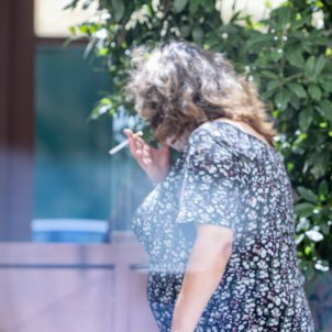 Persona fumadora tabac Europa Press