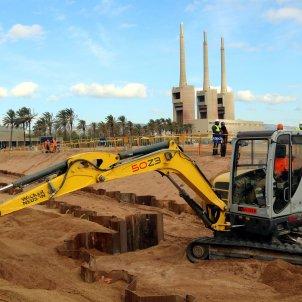 Obras del primer puerto digital de cables submarinos que se construye en Sant Adrià de Besòs. Foto: ACN