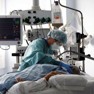 uci hospital coronavirus - efe
