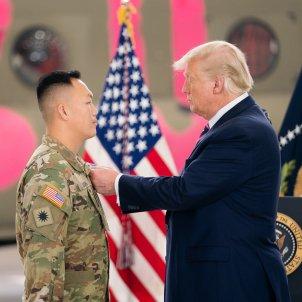 donald trump condecora militars - SMG / ZUMA PRESS / CONTACTOPHOTO