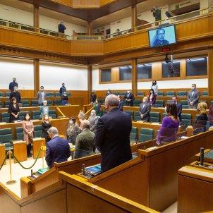 Minut silenci Parlament basc assassinat Brouard EFE