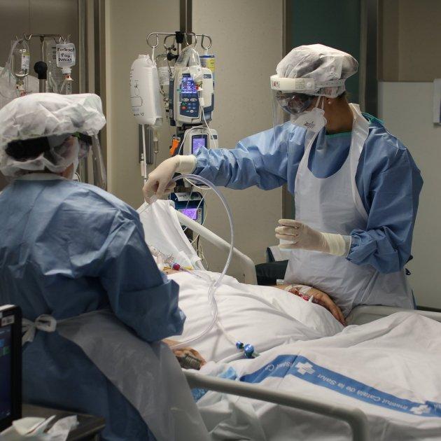 Hospital CInta Tortosa Covid UCI - ACN