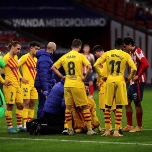 Pique lesio senyera Barca Atletic Madrid EFE