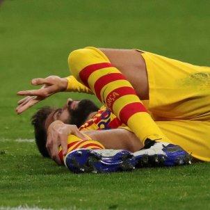 Gerard Pique lesionat Barca senyera Atletic Madrid EFE
