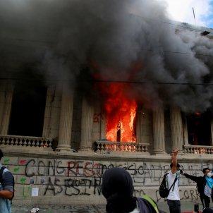 foc parlament Guatemala manifestacions antigubernamentals - Efe