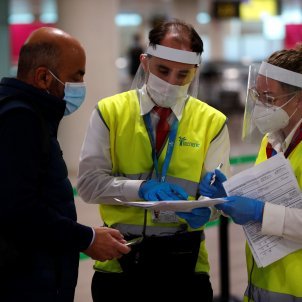 aeroport Prat coronavirus PCR viatgers Efe