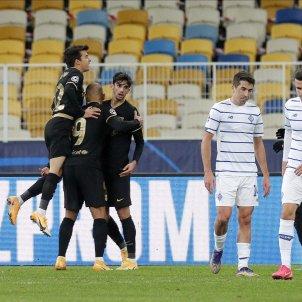 Barca celebracio Trincao Braithwaite Riqui Puig Dinamo Kiev EFE