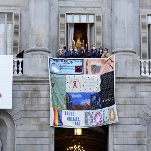 tapís memorial sida ajuntament Barcelona 2 ACN