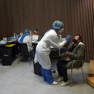 Cribratge test coronavirus Barcelona EFE
