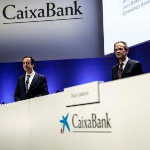 El president de CaixaBank, Jordi Gual el conseller delegat, Gonzalo Gortázar  junta accionistes de CaixaBank EFE