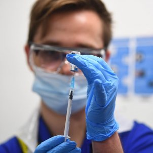 Vacuna Pfizer Covid Reino Unido Efe