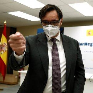 Ministro de Sanidad Salvador Illa y directora general de Salud Pública Pilar Aparicio - Efe