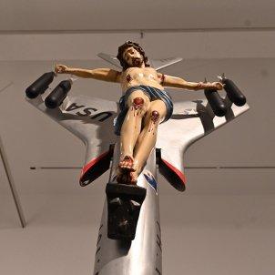 crist avio leon ferrari efe