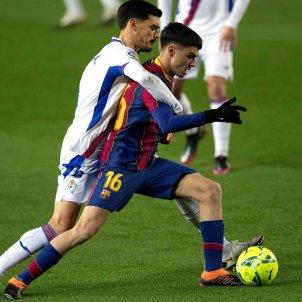 Pedri Barça Eibar EFE