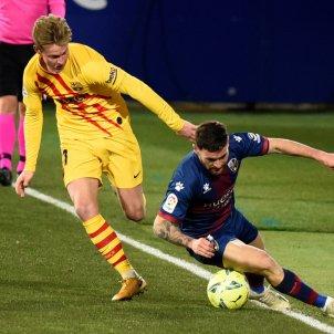 Frenkie de jong Barca Huesca EFE