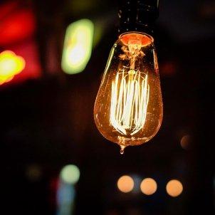 bombilla electricidad precio luz - Pixabay