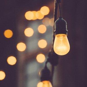 electricidad subida precio pixabay