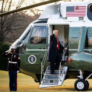 Trump abandona la Casa Blanca Efe