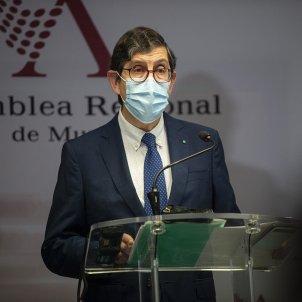 Consejero salud murcia manuel villegas rueda prensa negado vaya dimitir