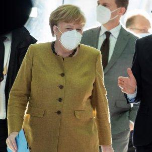Merkel mascareta FFP2 EFE