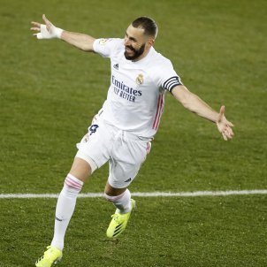 Benzema celebracion gol Real Madrid EFE