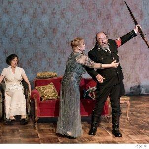 teatre davant la jubilacio premi critica acn