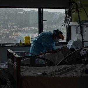 Sanitario paciente hospital españa coronavirus - Efe