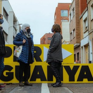Dolors Sabater Eulàlia Reguant Carles Solà Candidata CUP Sabadell Casal Can Capablanca Elecciones Catalunya 14-F - ACN