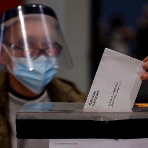 Elecciones Catalunya 14-F votación EFE