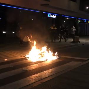 cargas policiales terrassa manifestación 2602 FUEGO