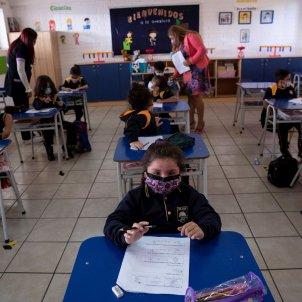 Niños colegio coronavirus Chile 2   EFE