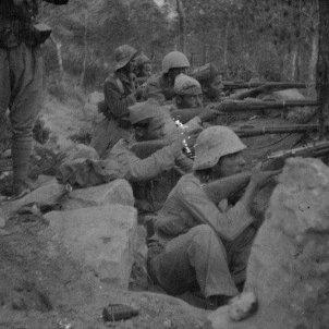 Soldats a les trinxeres - sàpiens (1)
